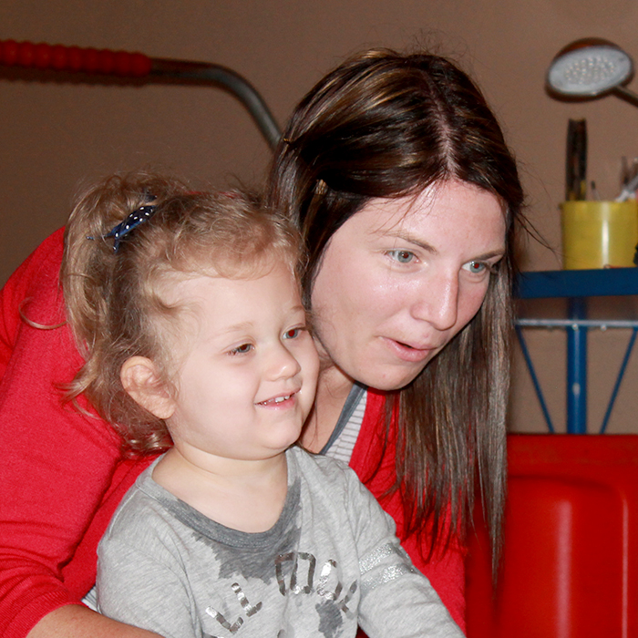 Therapist at Children's Therapy Corner in Midland with child